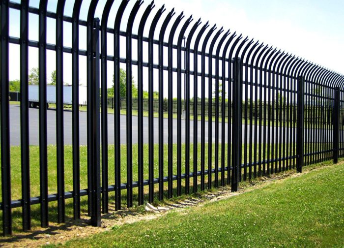 Las Vegas Fencing & Gate Installation Builders - Vinyl Fences, Wood Fences, Aluminum Fences, PVC Pergola, Repairs & Replacement, Gates- 8-We do Residential & Commercial Fence Installation, Fencing Repairs and Replacements, Fence Designs, Gate Installations, Pool Fencing, Balcony Railings, Privacy Fences, PVC Fences, Wood Pergola, Aluminum and Chain link, and more